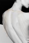 Bijoux épaules et dos en chainettes métalliques dorées