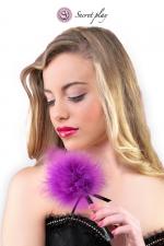 Plumeau 18 cm violet : Petit plumeau coquin pour affoler ses sens avec de douces caresses par Secret Play.