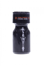 Poppers Slave 10ml : Arôme aphrodisiaque à l'Amyle, apprécié des amateurs de jeux BDSM pour son effet lâcher prise. Flacon de 10 ml.